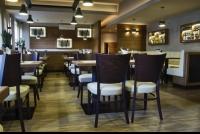 Miki pub & restaurant