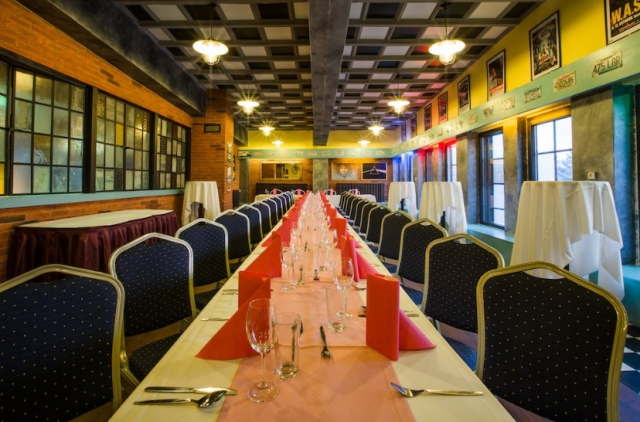 Garage Club - restaurant - hotel - pivovar